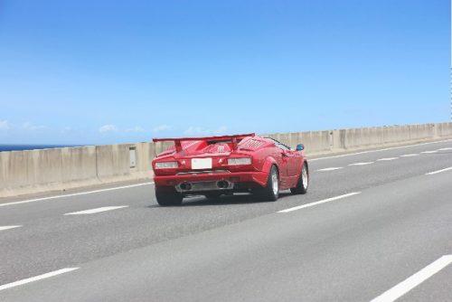 制限速度を守って楽しくドライブを!