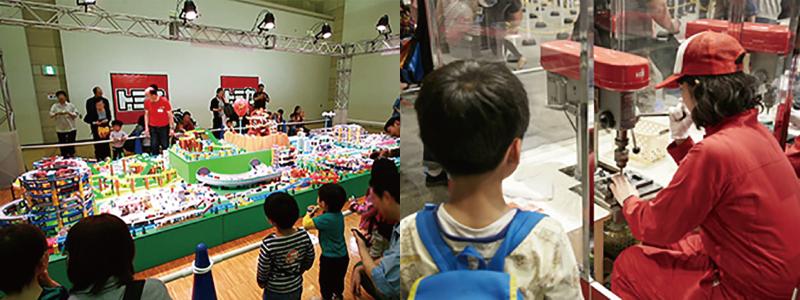 写真左:トミカタウン巨大ジオラマ 写真右:トミカ組立工場 パーツを選んで目の前で組み立ててくれます。